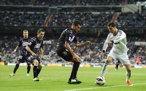 Ronaldo: Bước tiến của huyền thoại - 1