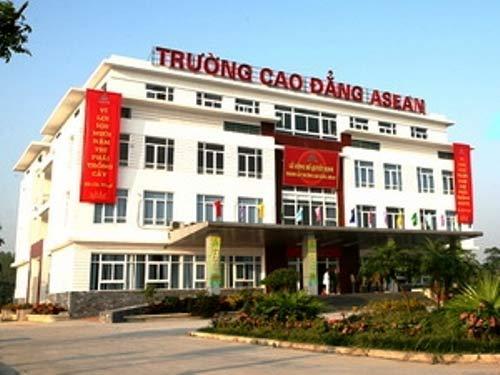 TP.HCM: Hàng loạt trường vi phạm liên kết đào tạo - 1