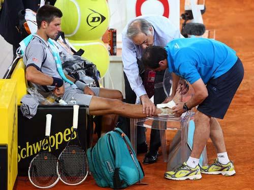 Footwork của Djokovic gặp vấn đề? - 1