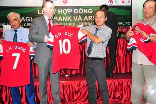 ĐTVN chính thức so tài Arsenal ngày 17/7 - 1