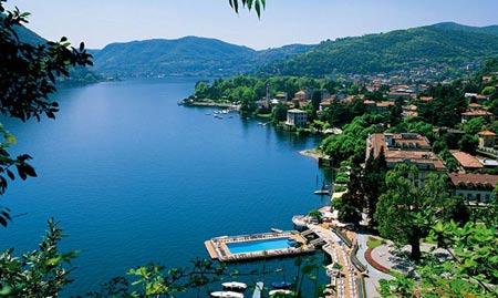 Thả hồn bên hồ nước đẹp nhất Italy - 1