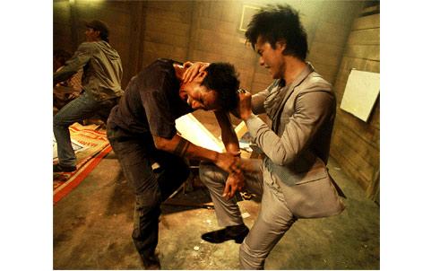 Phim Việt: Sau đồng tính, sex là bạo lực? - 1