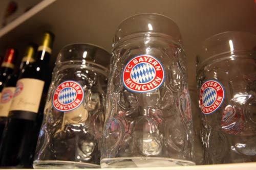 Bayern – Augsburg: Đón Đĩa bạc - 1