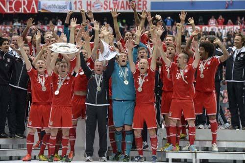 Bayern – Augsburg: Không nương chân - 1