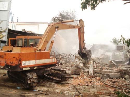 Bình Thuận: Nhà trung tá công an phát nổ - 1