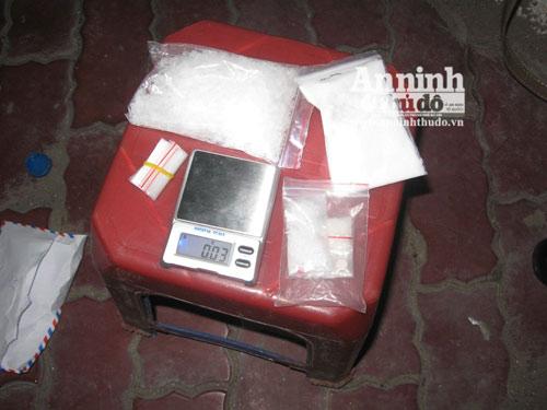 """NK141: Bắt cặp tình nhân buôn ma túy """"khủng"""" - 1"""