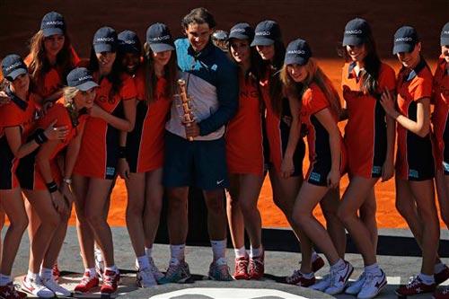 """""""Chân dài"""" quanh Nadal, mỹ nam bê Serena - 1"""