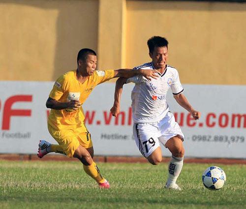 Vòng 10 V-League: Ngược dòng kịch tính - 1