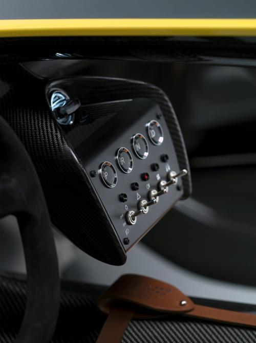 'Tuyệt phẩm' Aston Martin CC100 kỷ niệm hãng - 12