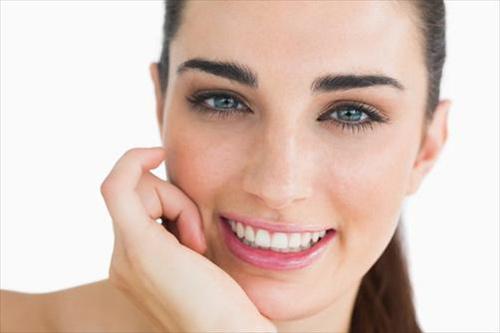 4 lợi ích thú vị từ làn da dầu - 1