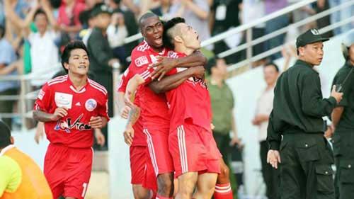 V-League 2013: Bất ngờ & bất thường - 1