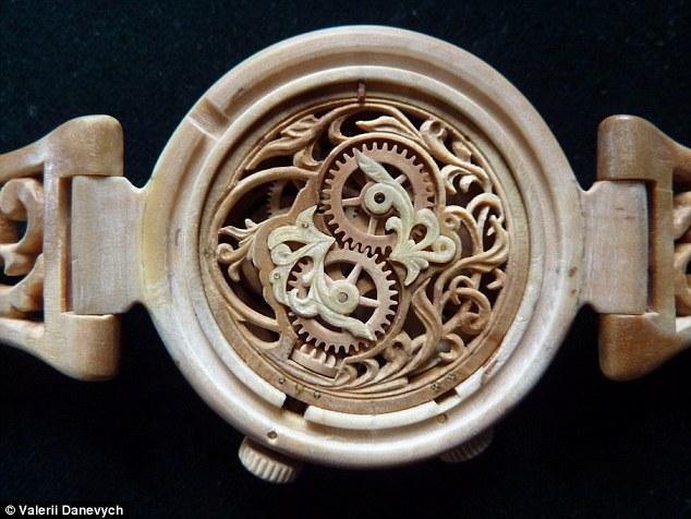 Đồng hồ gỗ tinh xảo đến kinh ngạc - 5
