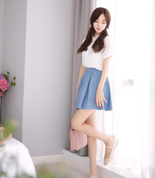 Image result for cách mix chân váy với áo sơ mi