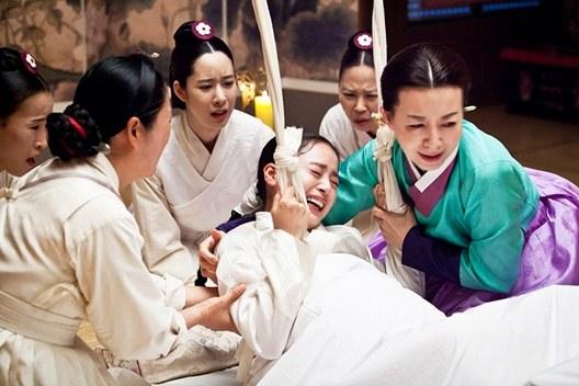 Kim Tae Hee diễn cảnh sinh nở xuất sắc - 1