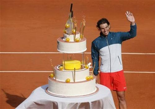 HOT: Roland Garros mừng sinh nhật Nadal - 1