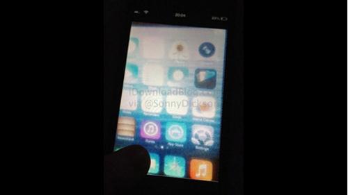 Lộ ảnh giao diện thiết kế phẳng của iOS 7 - 1