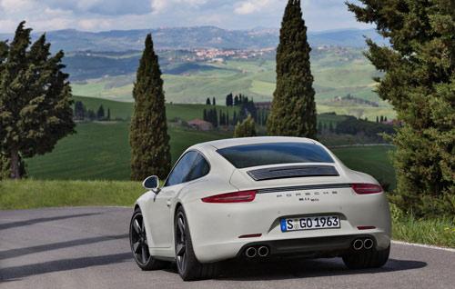 Porsche 911 bản đặc biệt giá 124.100 USD - 5