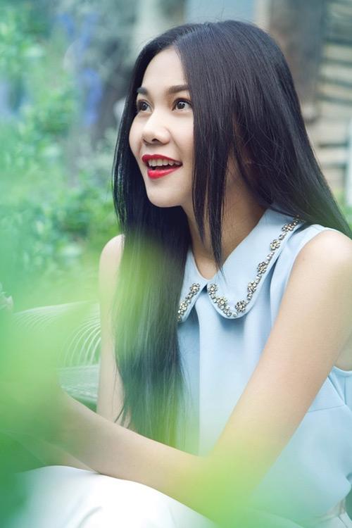 Những suối tóc hớp hồn của mỹ nhân Việt - 1