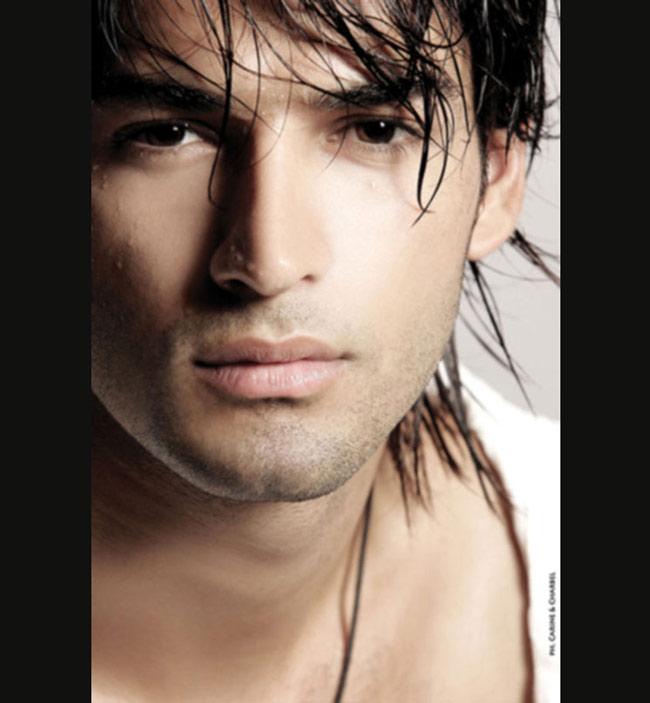 1.Wissam Hanna với gương mặt nam tính làm đốn ngã bao trái tim các cô gái.