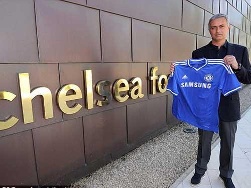 """3 năm đốt 1 tỉ bảng, Mourinho hết """"đặc biệt"""" - 1"""