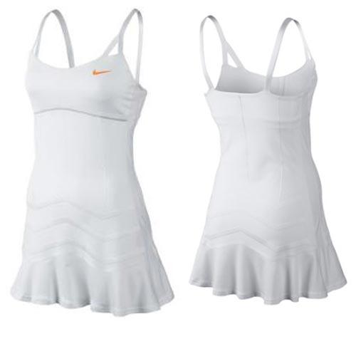 Bộ đồ gợi cảm của Masha tại Wimbledon - 1