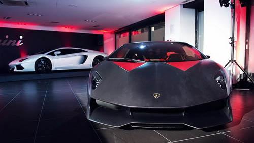 Lamborghini Sesto Elemento bất ngờ xuất hiện - 1