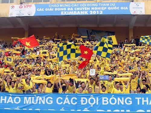 Những điểm nhấn đáng nhớ của lượt đi V-League 2013 - 1