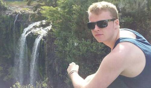 New Zealand: Ngã từ tầng 15 vẫn sống - 1