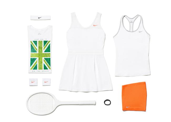 Trang phục cũng có thiết kế cổ chữ V tinh tế và phù hợp với mọi kích cỡ. Thiết kế này pha trộn giữa thời trang và sự năng động, một phong cách mà khó ai có thể bắt chước Serena.