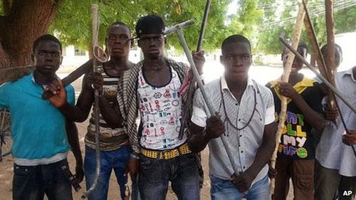 Nigeria: Phiến quân thảm sát 9 học sinh - 1
