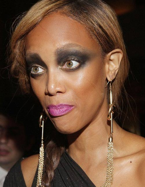 Muôn kiểu make-up dọa ma của sao - 1