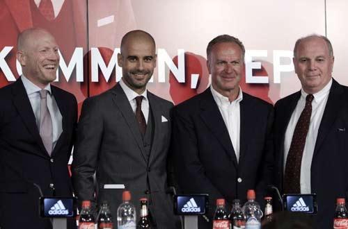 Bayern rầm rộ ra mắt Pep Guardiola - 1