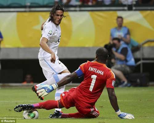 Chelsea đạt thỏa thuận mua Cavani - 1