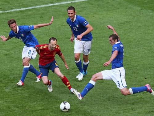 """Italia gặp TBN: Mượn """"thân xác"""" Juve - 1"""