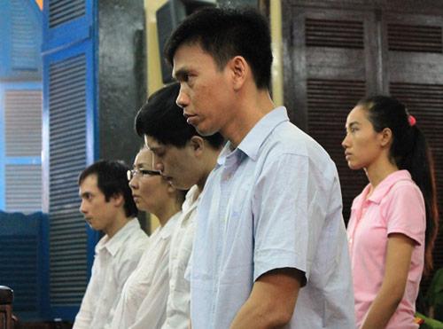 Hoa hậu Mỹ Xuân bị phạt 30 tháng tù - 1