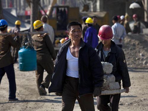 Triều Tiên cho công nhân thuê đất làm nông - 1