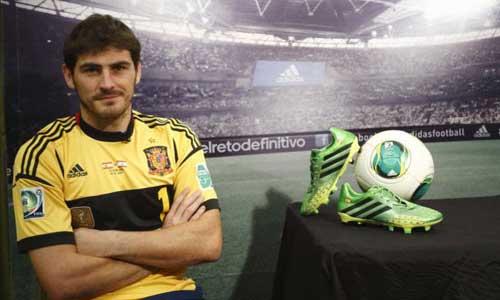 Casillas thừa nhận TBN may mắn - 1