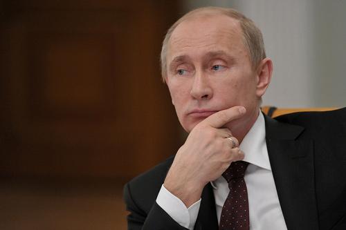 Snowden có thể được tị nạn chính trị ở Nga - 1