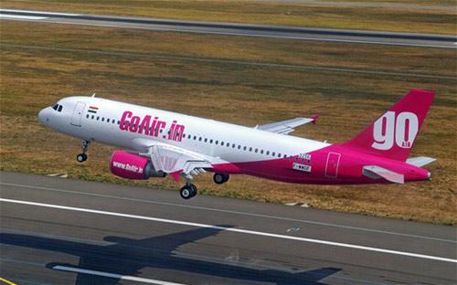 Ấn Độ: Tuyển tiếp viên nữ để máy bay đỡ nặng - 1