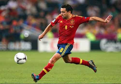 """Xavi phủ nhận việc """"qua mặt"""" Del Bosque - 1"""