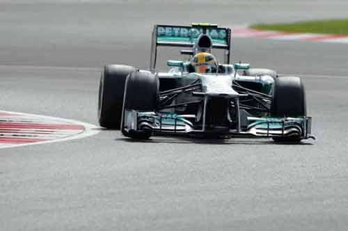 F1-Phân hạng British GP: Pole xứng đáng của Hamilton - 1