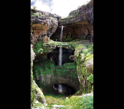 Chiêm ngưỡng ngọn thác ngoạn mục ở Lebanon - 1