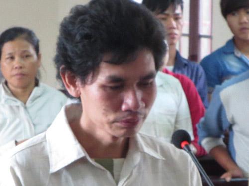 Bị chồng đánh bằng búa, tử vong sau 4 tháng - 1
