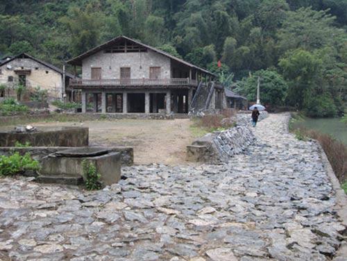 """Độc đáo làng """"đá"""" ở Cao Bằng - 1"""