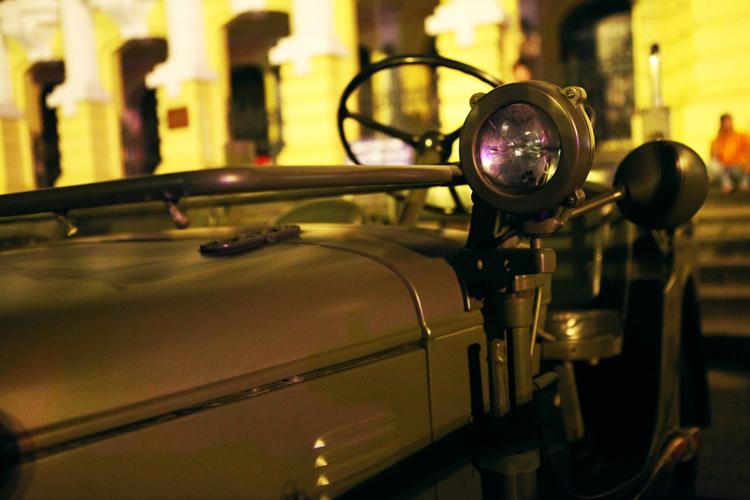 Phần lớn những chi tiết trên xe đều trong tình trạng nguyên bản