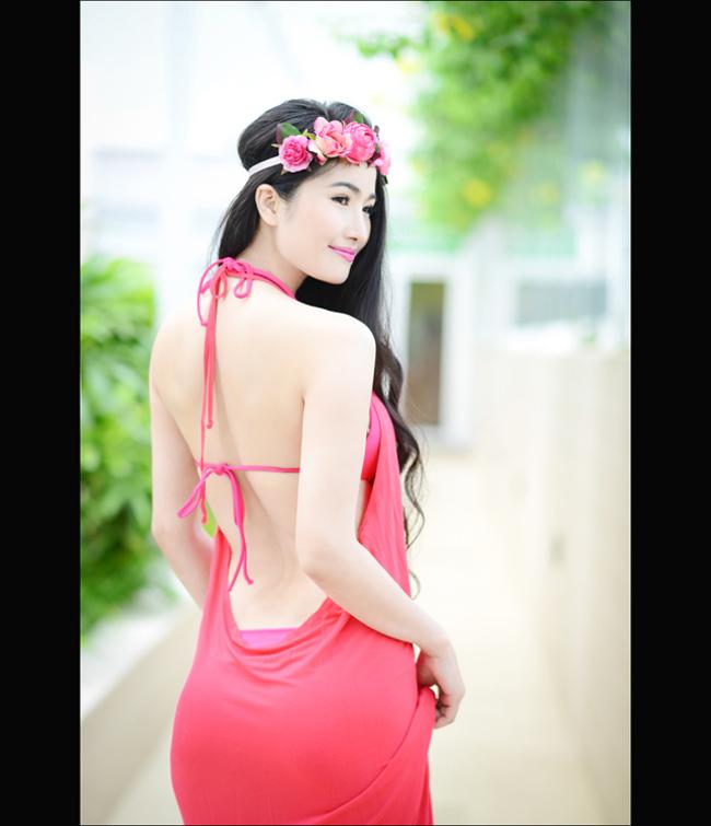 Cao Thùy Dương không chỉ được biết đến với danh hiệu Hoa hậu được yêu thích nhất của Miss International 2008, cô còn là gương mặt thân quen trên sóng truyền hình qua bộ phim Chuyện tình đảo ngọc.