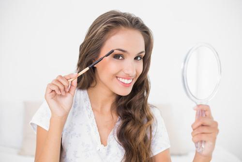 5 cách giúp bạn định hình đôi lông mày đẹp - 1