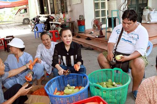 Việt Hương: Tôi đã sai với người chồng đầu tiên - 4
