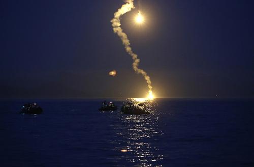 Đắm phà Hàn Quốc: Tin nhắn cầu cứu từ đáy biển - 1
