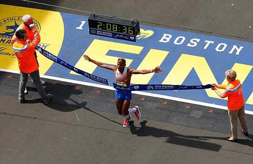 Boston Marathon: Đẩy lui kí ức khủng bố - 1